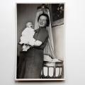 Juliana met baby Beatrix 2